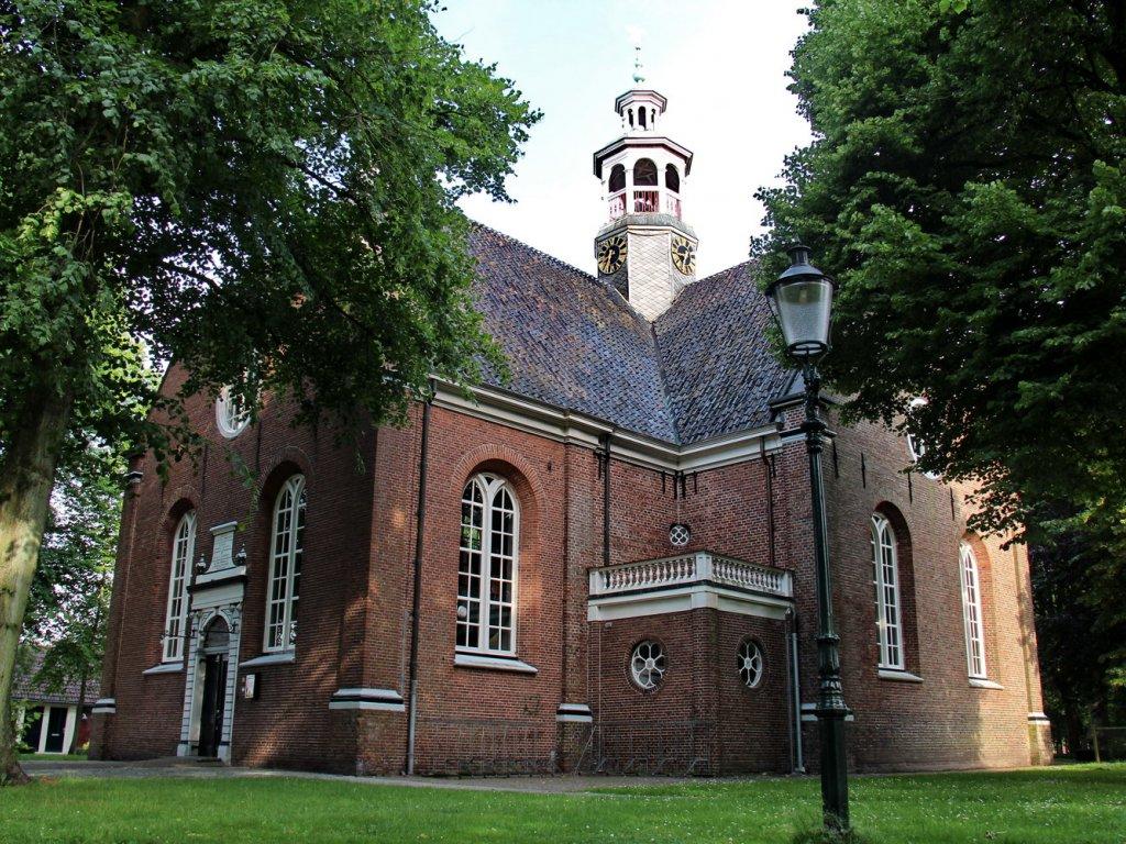 N-H kerk aan het einde van de Kerksingel