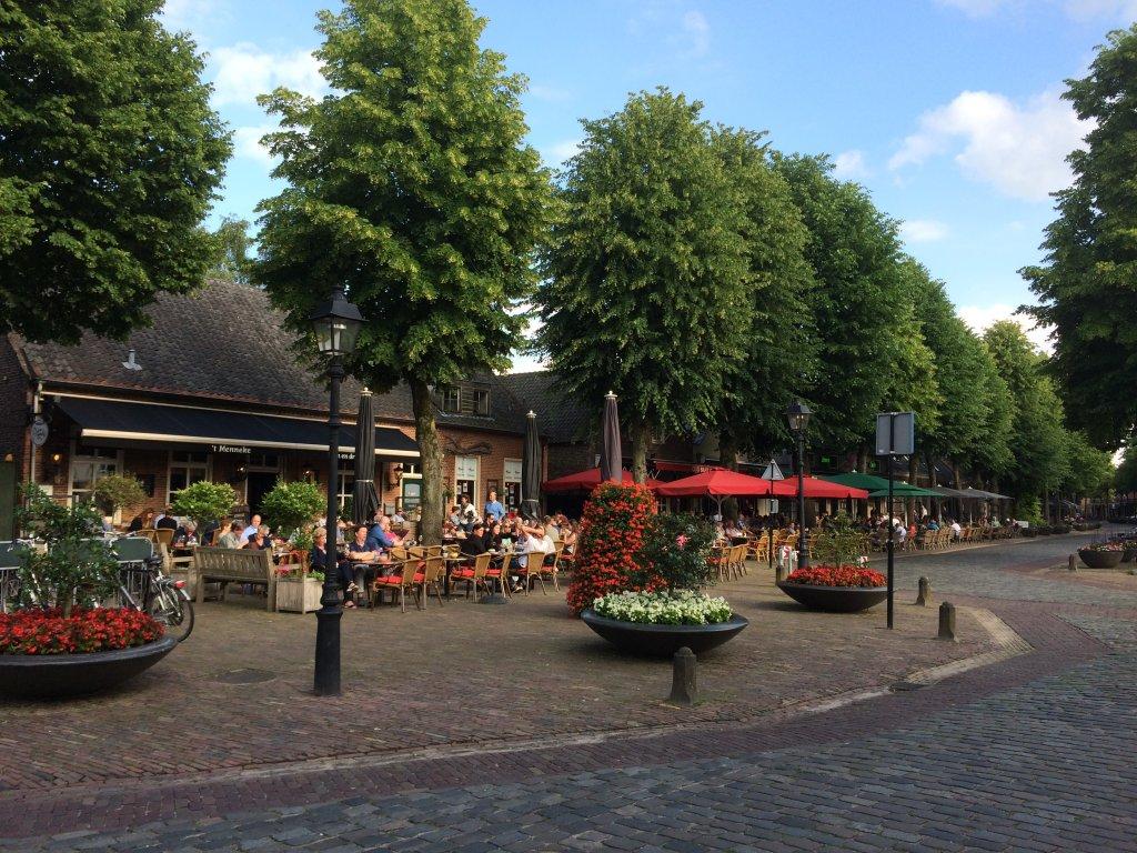 Das Zentrum von Eersel, mit viele Terrassen und guten Restaurants